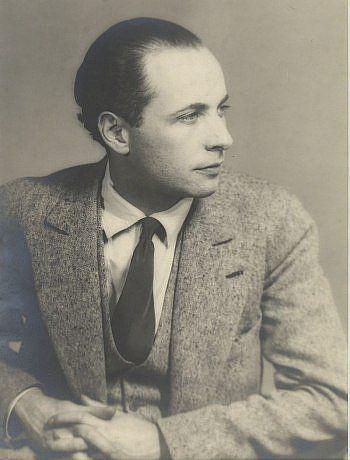 Le poète Louis Aragon