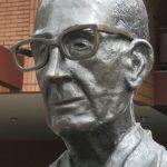 Carlos Drummond de Andrade, histoire et biographie de Andrade