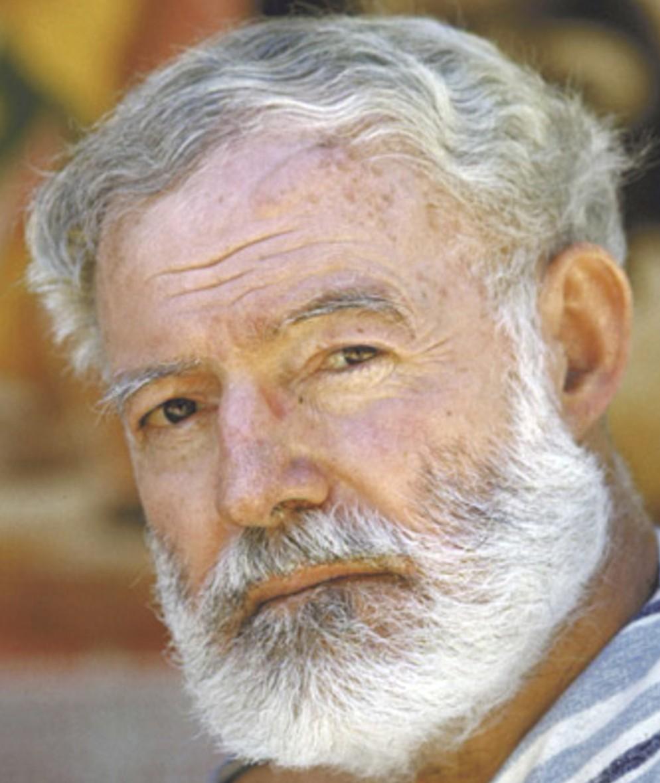 Ernest Hemingway, histoire et biographie de Hemingway