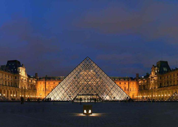Le Louvre : Un exceptionnel hommage à la mémoire de l'Humanité